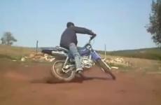 vídeos de caídas de motos