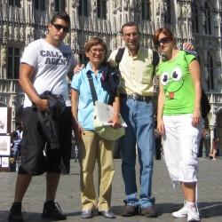 el mejor SEO de España con su familia